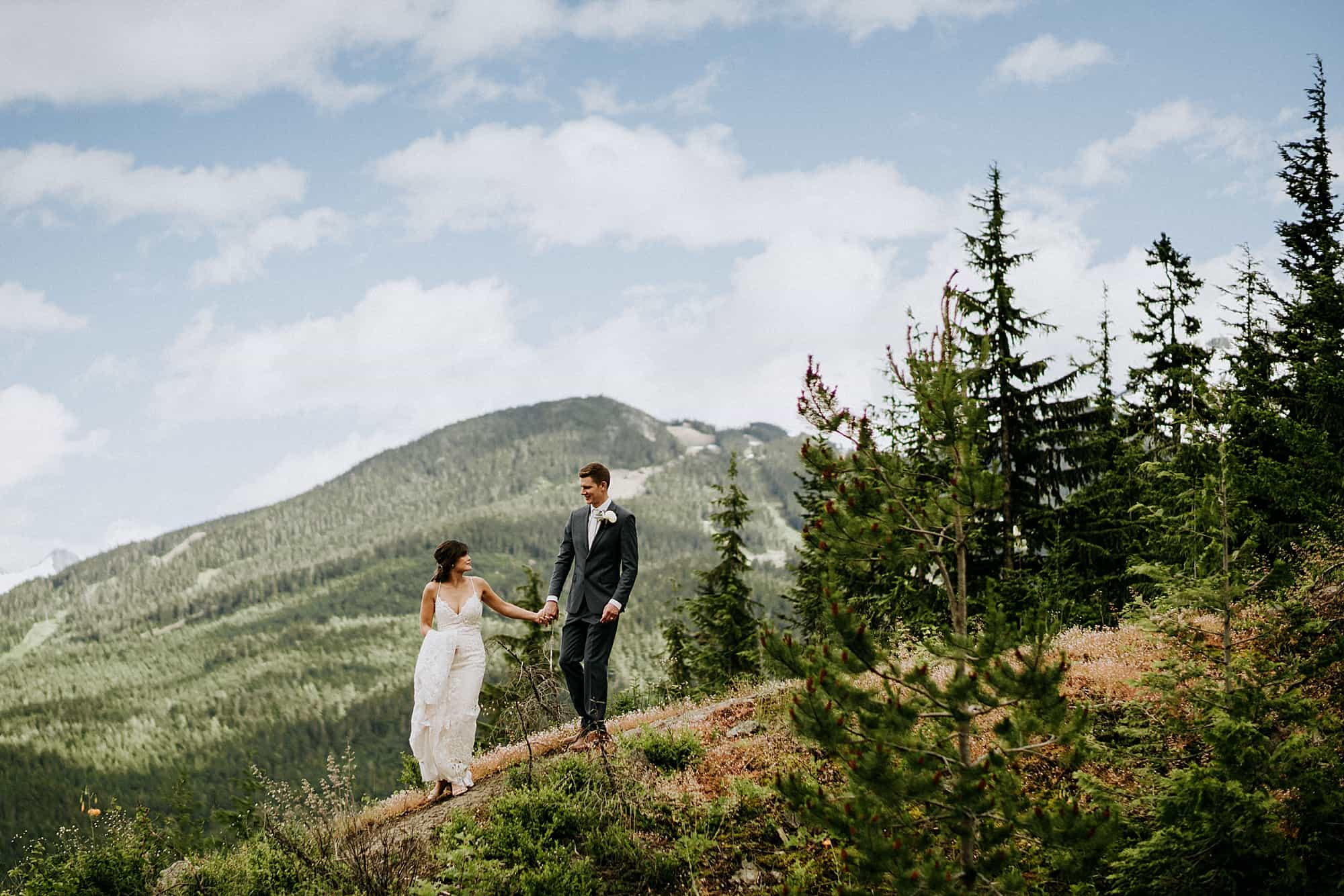 bridal portraits with mountain in background